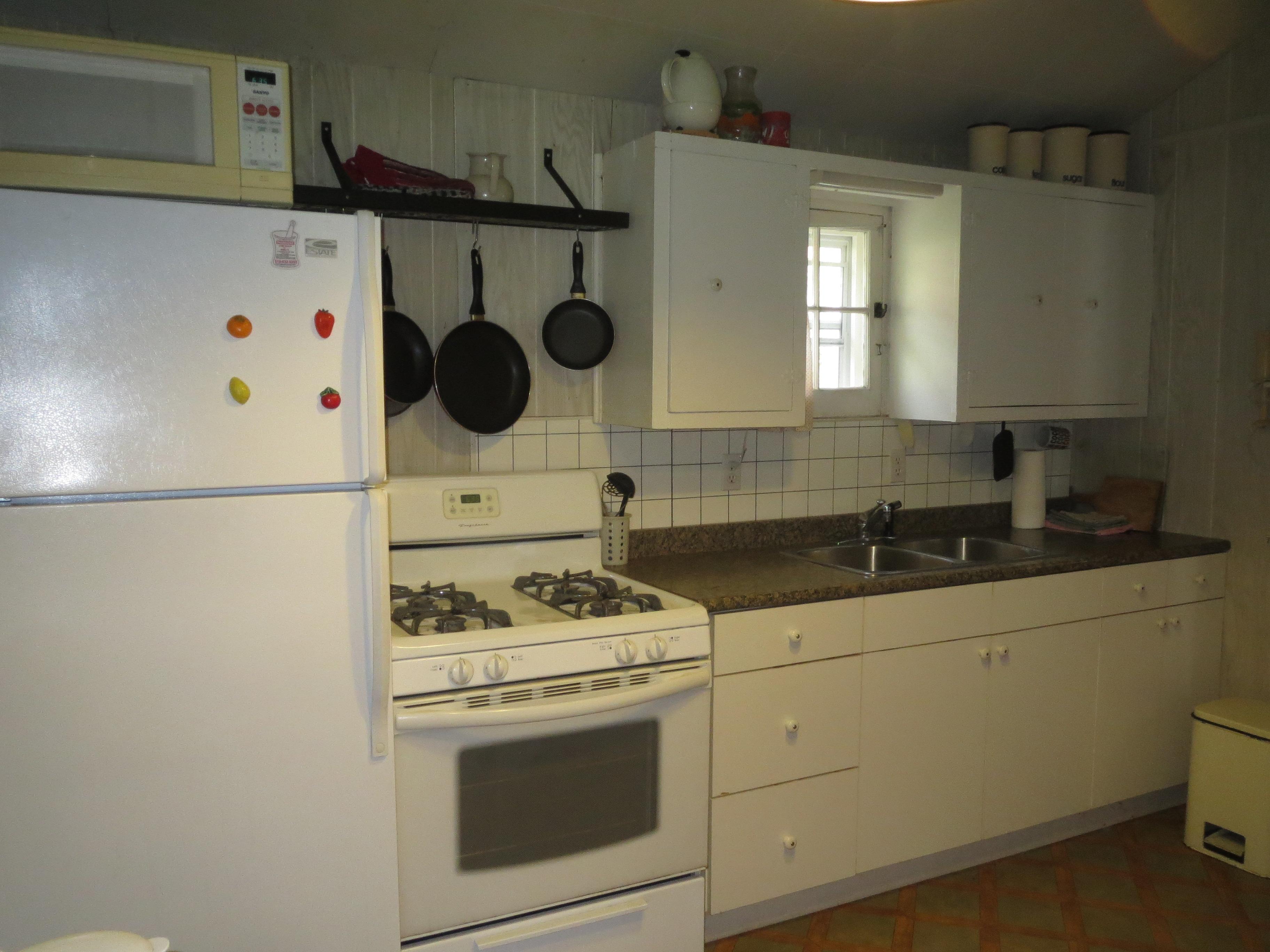 19 Kitchen 5