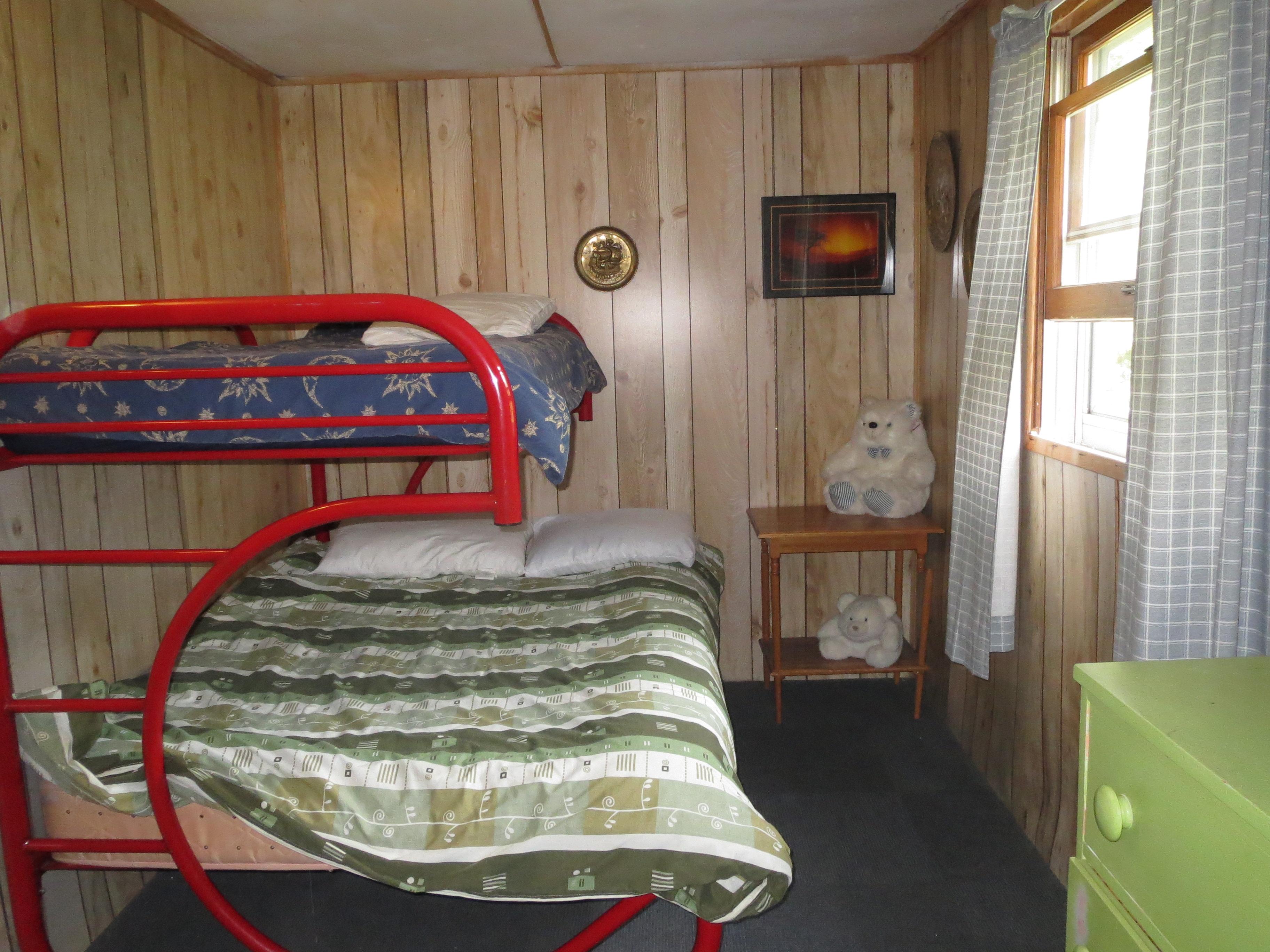 21 Bedroom 1