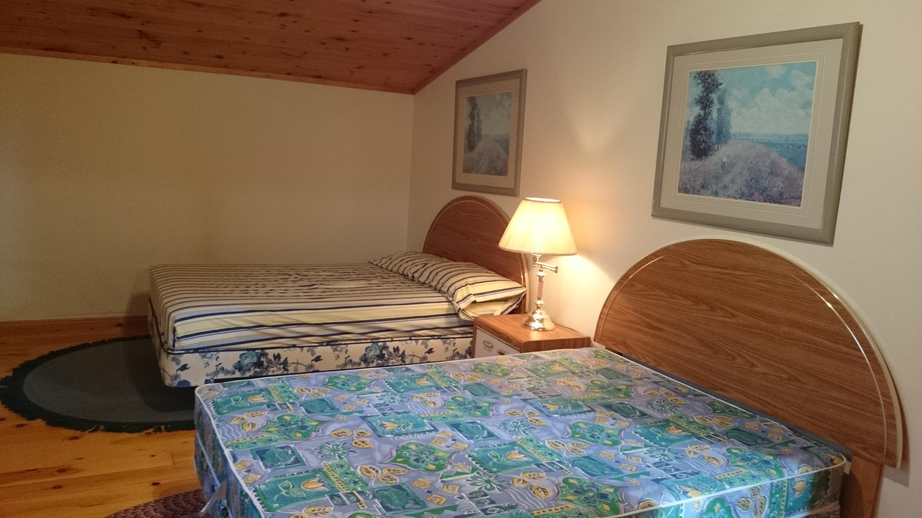 21 Bedroom 2 1