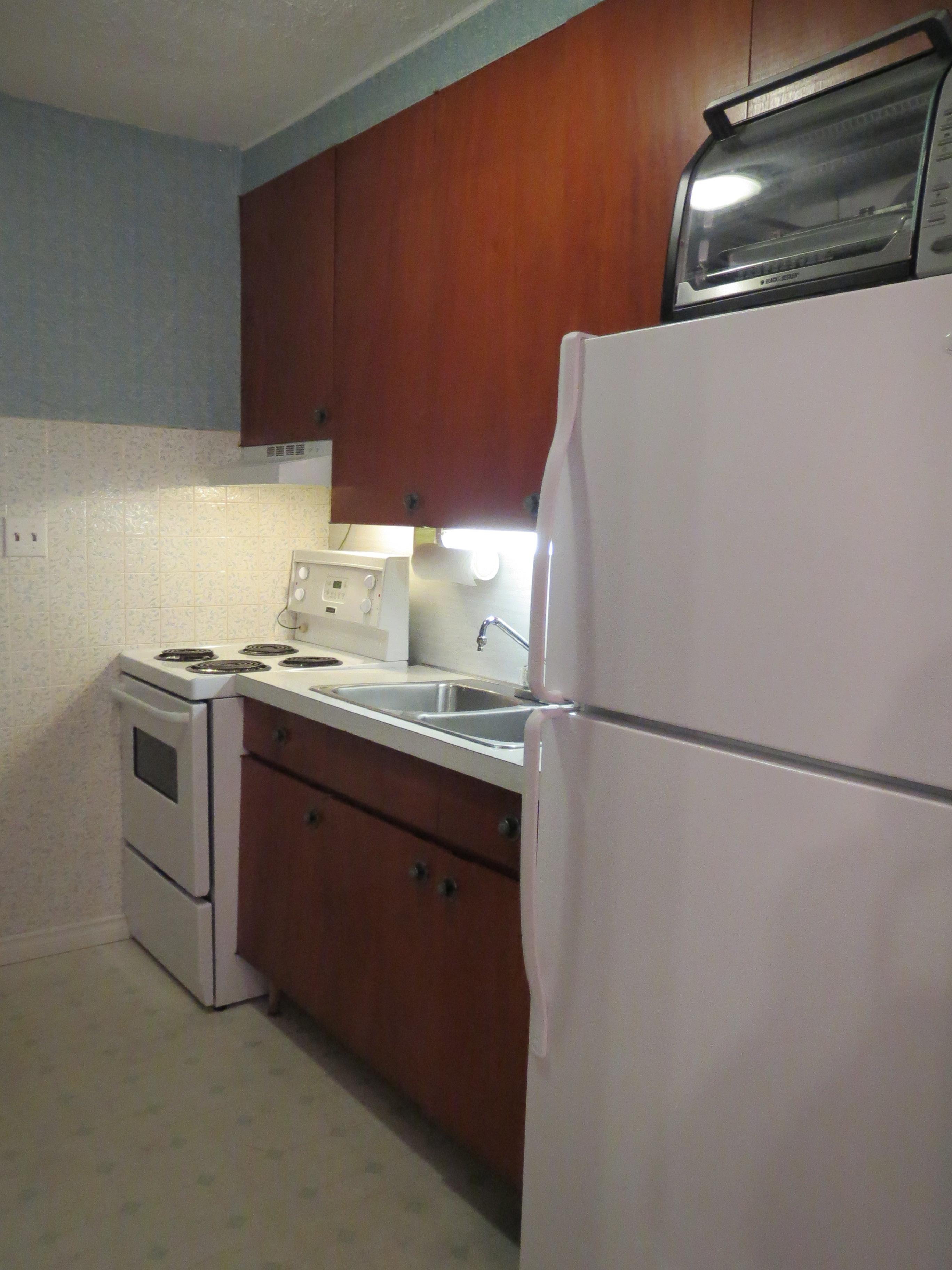 21 Kitchen 2