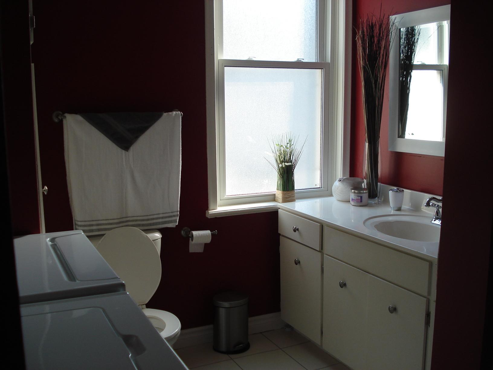 25 Bathroom
